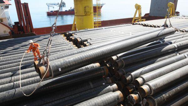Układanie rur morskiego odcinka gazociągu na Morzu Czarnym - Sputnik Polska