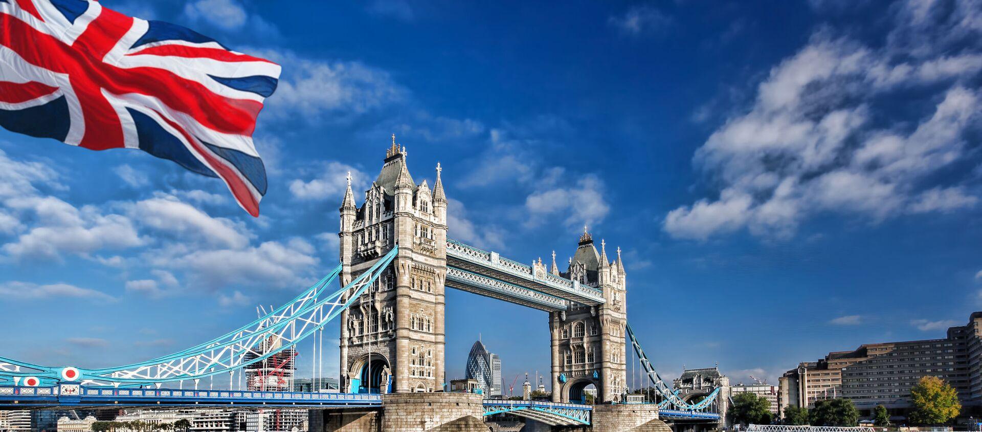 Widok na Tamizę i Tower Bridge w Londynie - Sputnik Polska, 1920, 23.01.2021