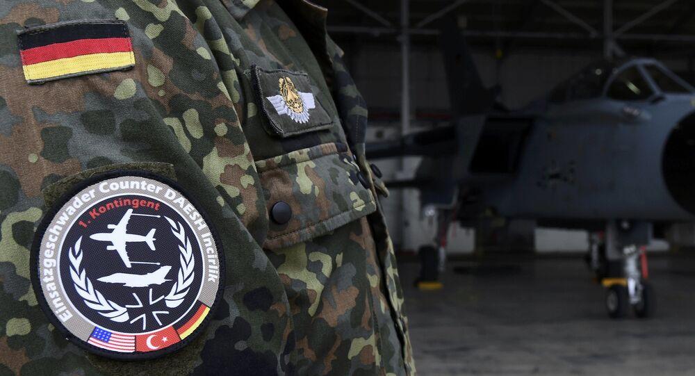 Niemieccy żołnierze na bazie lotniczej w Turcji