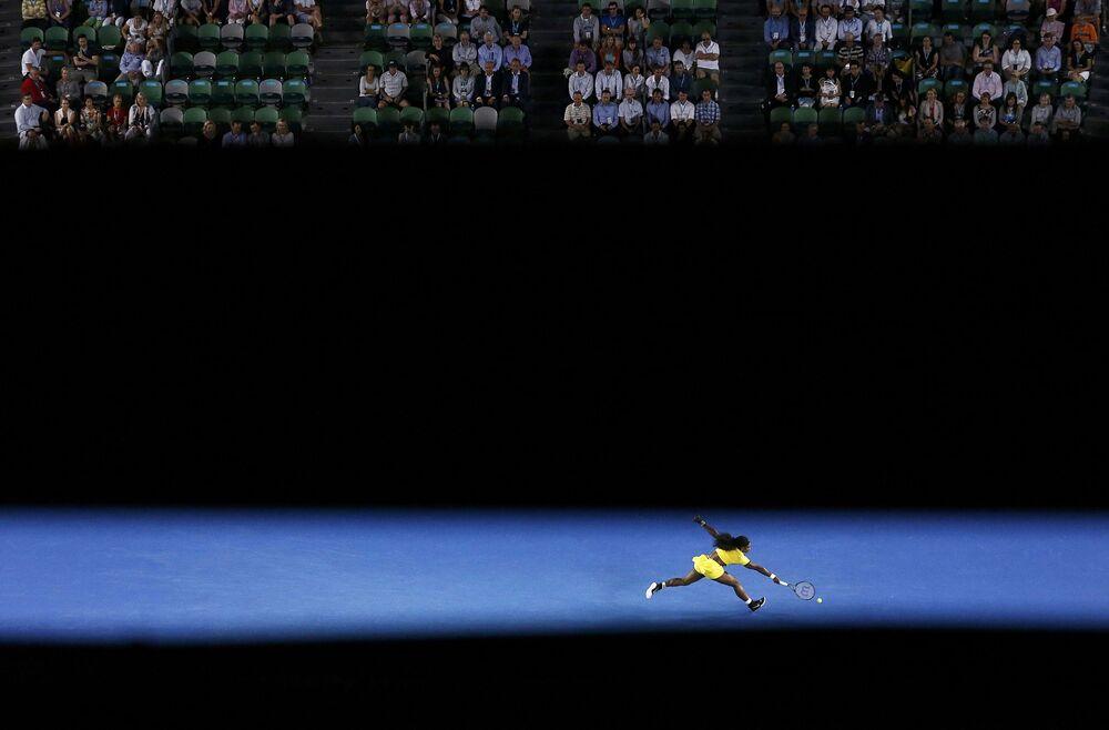 Serena Williams podczas gry z Agnieszką Radwanską w półfinale Australian Open w Melbournie