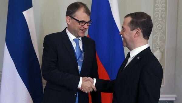 Premier Rosji Dmitrij Miedwiediew i premier Finlandii Juha Sipilä - Sputnik Polska