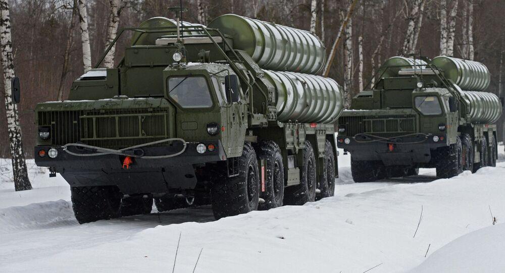 Wyrzutnie systemu rakietowego S-400 Triumf