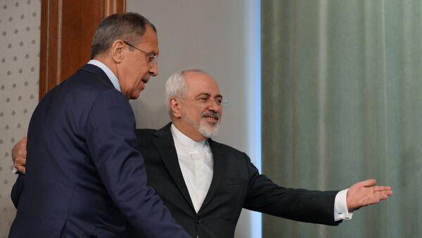 Minister spraw zagranicznych Iranu Mohammad Dżawad Zarif i szef MSZ Rosji Siergiej Ławrow - Sputnik Polska
