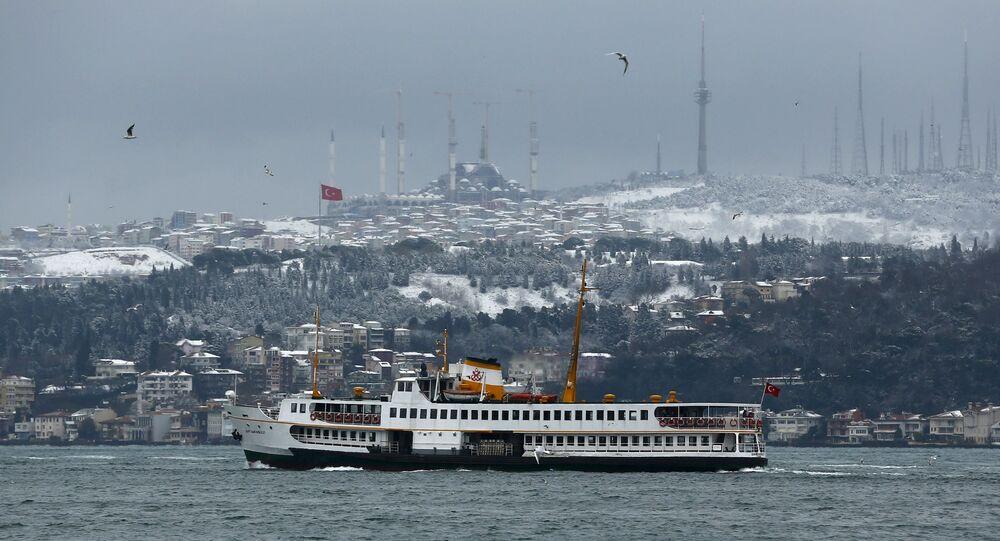 Widok na zimowy Stambuł