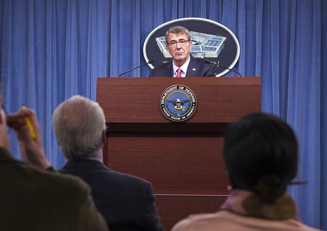 Sekretarz obrony USA Ashton Carter