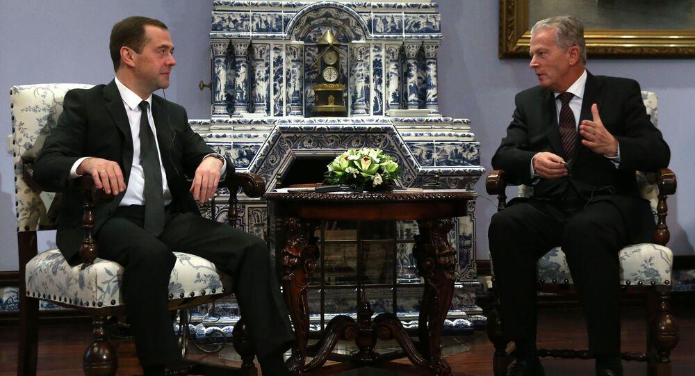 Premier Rosji Dmitrij Miedwiediew i wicekanclerz Austrii Reinhold Mitterlehner