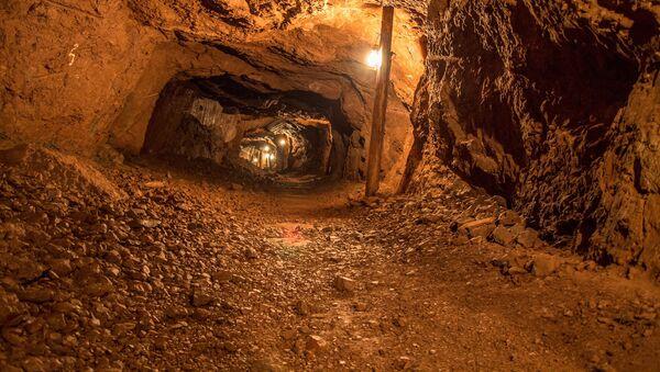 Podziemny tunel - Sputnik Polska