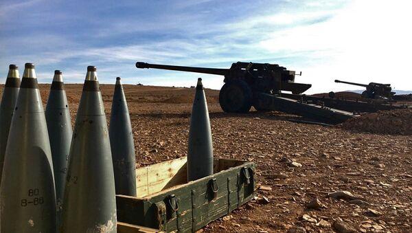 Broń artyleryjska i amunicja syryjskich powstańców w chrześcijańskiej miejscowości Sadad w prowincji Homs w Syrii - Sputnik Polska