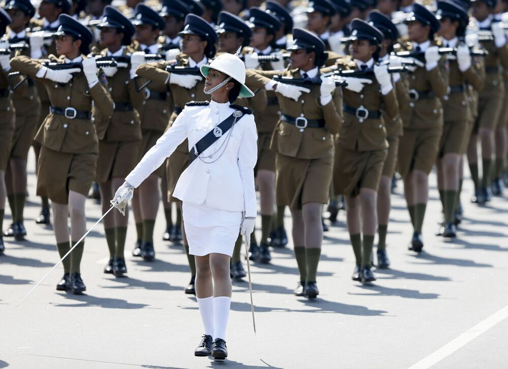 Defilada policjantek podczas obchodów Dnia Niepodległości, Sri Lanka