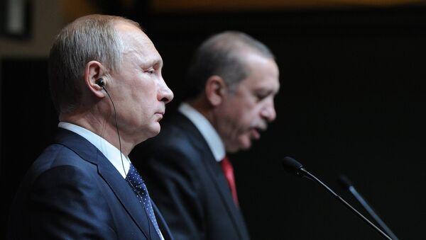 Prezydent Rosji Władimir Putin i prezydent Turcji  Recep Tayyip Erdogan - Sputnik Polska