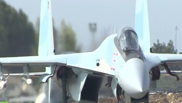 Kadry gotowości bojowej rosyjskich myśliwców Su-35S w bazie lotniczej Hmeymim - Sputnik Polska