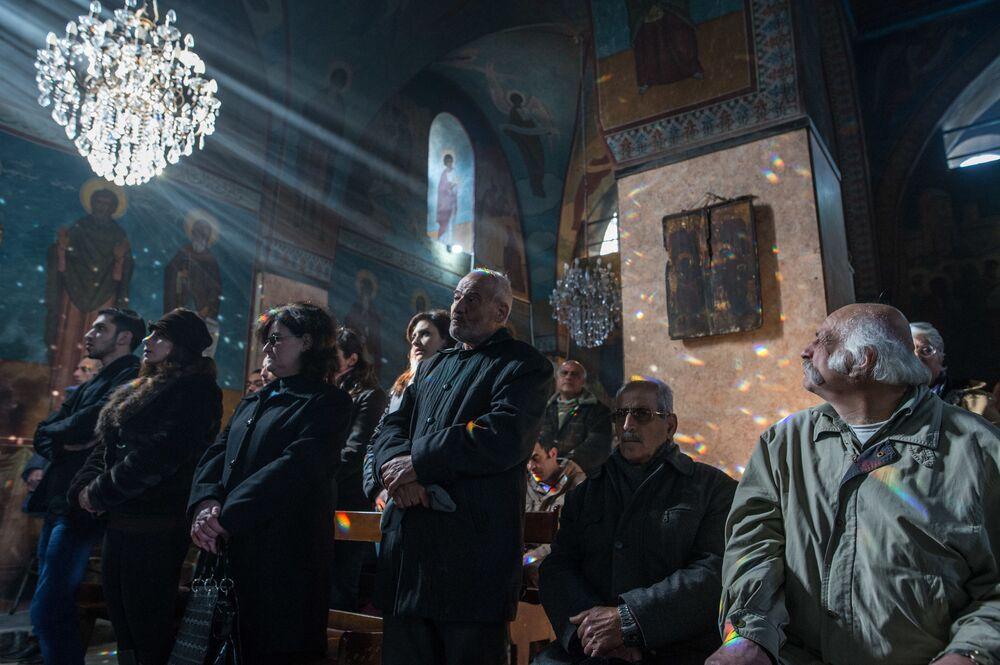 Służba w cerkwi Św. Iliana w Homsie, Syria
