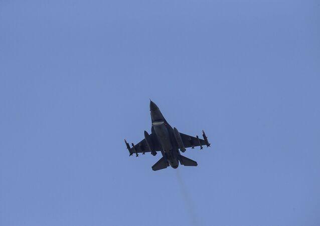 Samolot Sił Powietrznych Turcji
