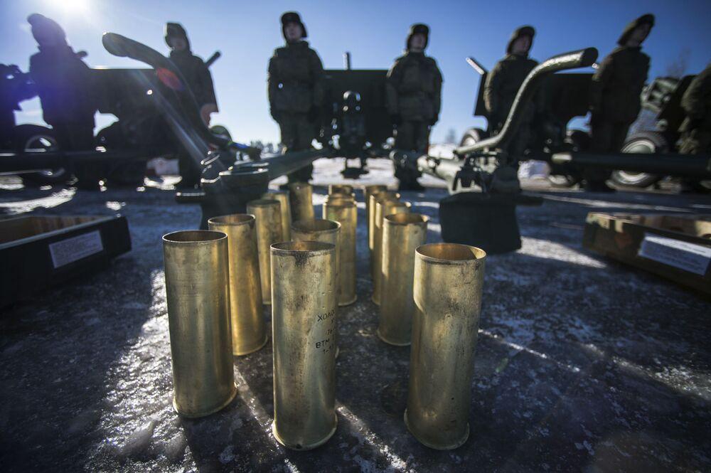 W Moskwie w sumie zostanie oddanych 10 tysięcy wystrzałów fajerwerków