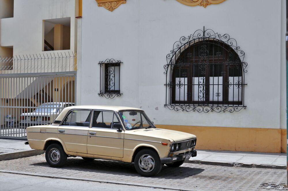 Samochód WAZ-2106 za granicą