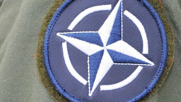 Symbol NATO - Sputnik Polska