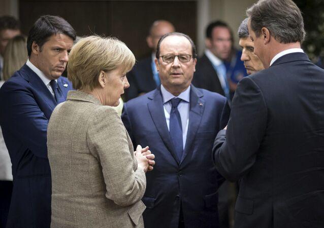 Przywódcy Francji - Francois Hollande, Niemiec - Angela Merkel, Wielkiej Brytania - David Cameron i Włoch - Matteo Renzi