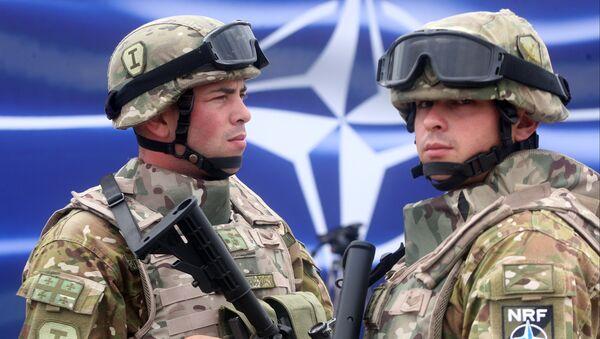 Ćwiczenia NATO w Gruzji, sierpień 2015 r. - Sputnik Polska