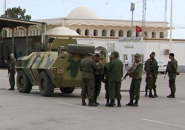 Tunezyjka armia odparła atak islamistów przy granicy z Libią