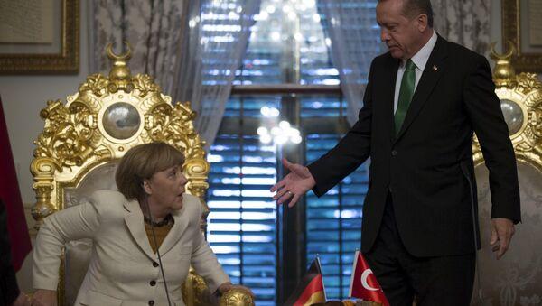 Kanclerz Niemiec Angela Merkel i prezydent Turcji Recep Tayyip Erdogan - Sputnik Polska