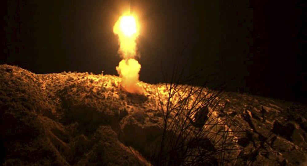 Próby rakietowych pocisków balistycznych w Iranie