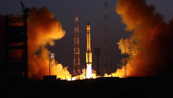 Start rakiety nośnej Proton-M z kosmodromu Bajkonur - Sputnik Polska