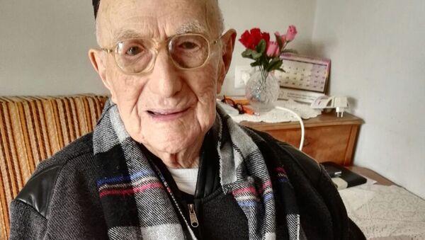 Najstarszy mężczyzna na świecie - Sputnik Polska
