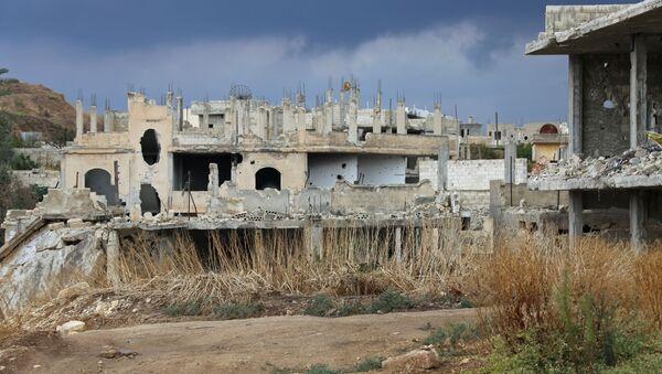 Zniszczony dom w syryjskiej prowincji Hama - Sputnik Polska