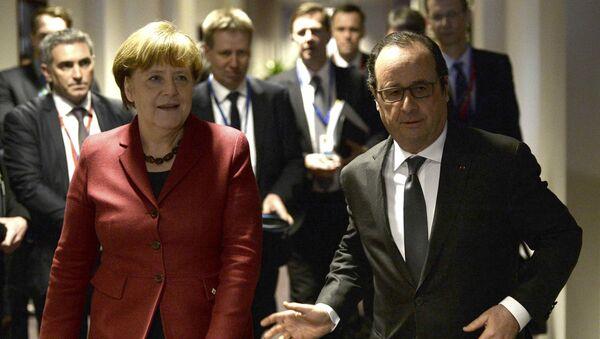 Kanclerz Niemiec Angela Merkel i prezydent Francji Francois Hollande w Brukseli - Sputnik Polska