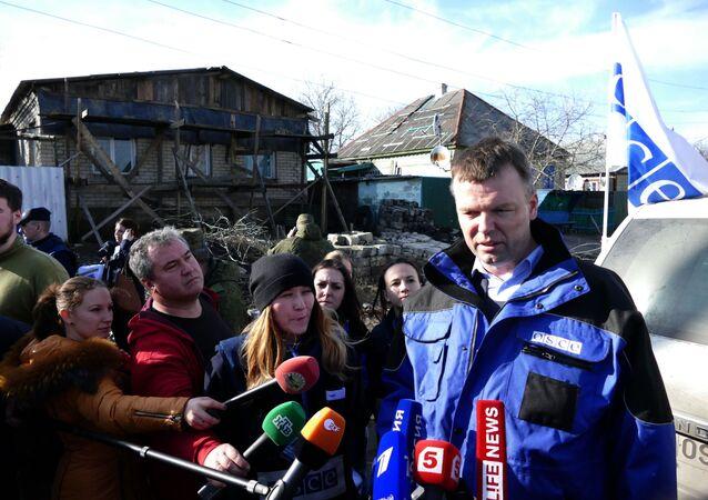 Wiceszef specjalnej misji obserwacyjnej organizacji na Ukrainie Alexander Hug