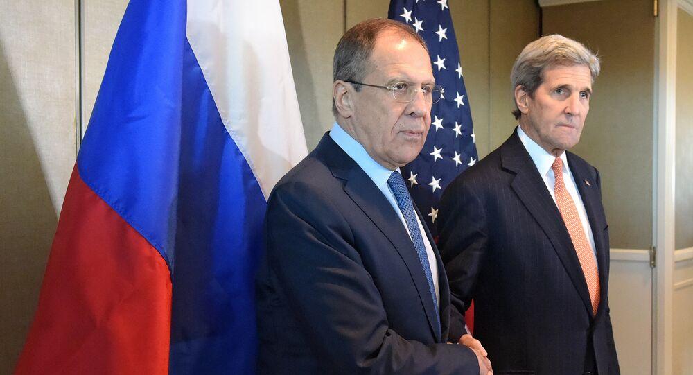 Minitser spraw zagranicznych Rosji Siergiej Ławrow i sekretarz stanu USA John Kerry