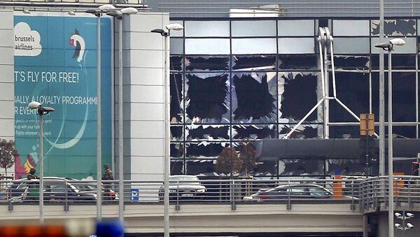 Ситуация в аэропорту Брюсселя после взрыва - Sputnik Polska