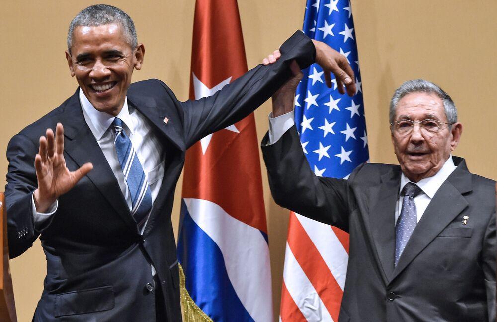 Prezydent USA Barack Obama i prezydent Kuby Raul Castro w Hawanie