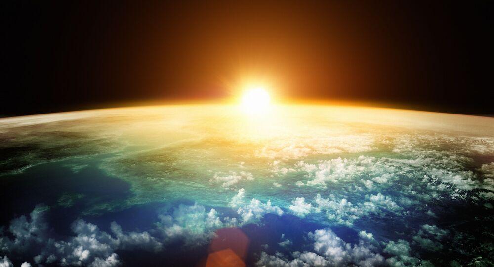 Ziemia podczas zachodu słońca
