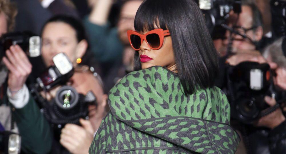 Barbadoska piosenkarka i aktorka Rihanna w Paryżu, 3 marca 2014