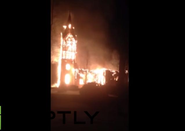 W Finlandii spłonął zabytkowy kościół