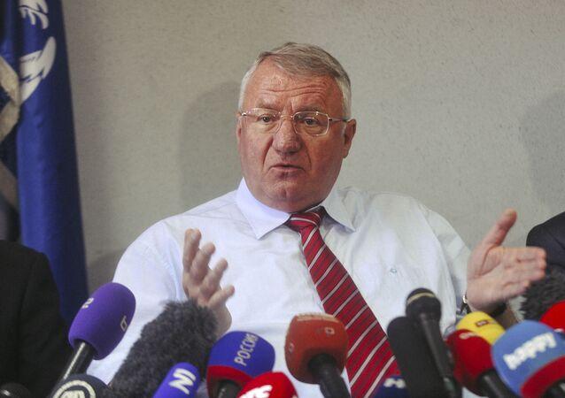 Konferencja prasowa lidera Serbskiej Partii Radykalnej Vojslava Seselja w Belgradzie