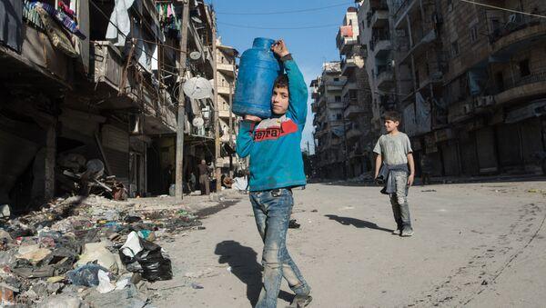 Mieszkańcy  Aleppo - Sputnik Polska