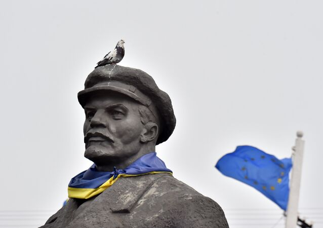 Pomnik Lenina, Ukraina