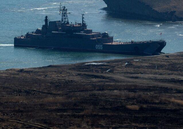 Wielkie okręty desantowe Nikołaj Wiłkow i Admirał Niewielskoj