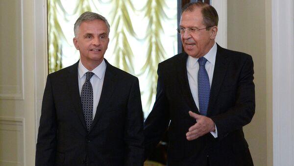 Minister spraw zagranicznych Szwajcarii Didier Burkhalter i szef MSZ Rosji Siergiej Ławrow na spotkaniu w Moskwie - Sputnik Polska