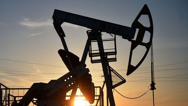Pompowanie ropy naftowej - Sputnik Polska