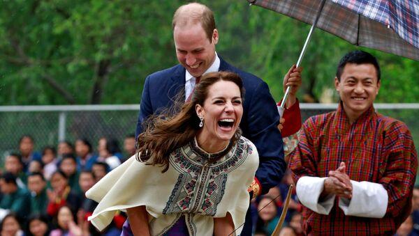 Książę Wilhelm i księżna Katarzyna podczas wizyty w Bhutanie - Sputnik Polska