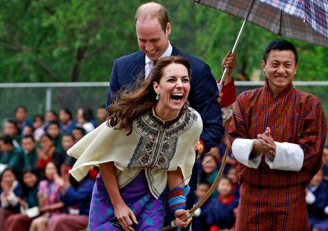 Książę Wilhelm i księżna Katarzyna podczas wizyty w Bhutanie