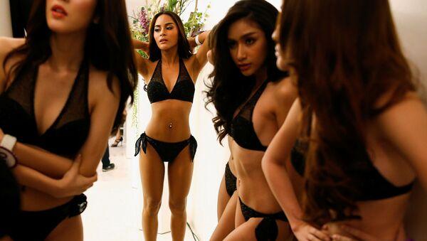 Modelki przed Miss Tiffany's Universe 2016 w Bangkoku - Sputnik Polska