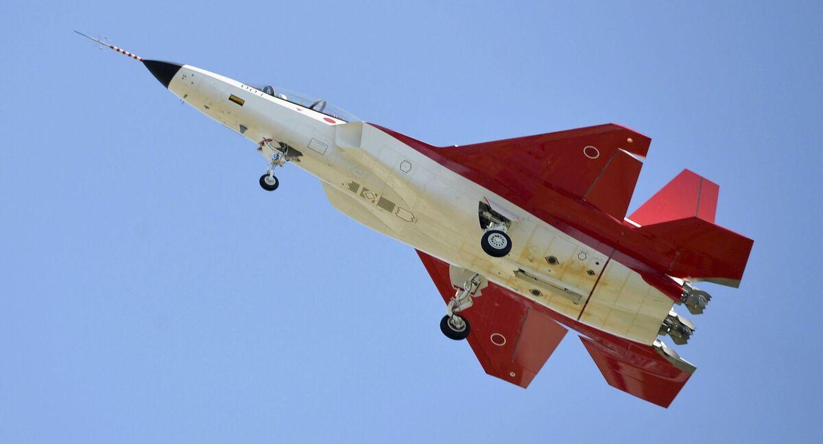 Japonia: pierwszy lot myśliwca piątej generacji X-2 Shinshin ...