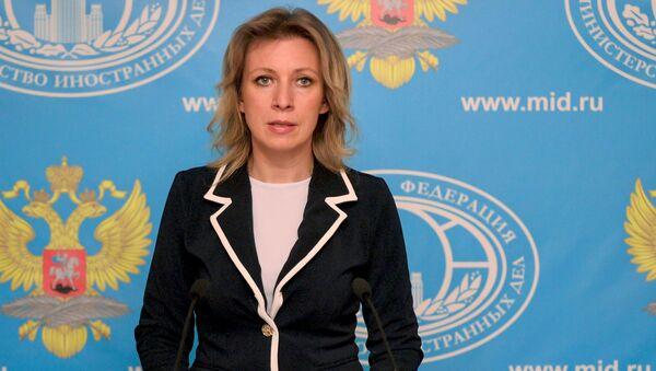Rzeczniczka MSZ Rosji Maria Zacharowa na briefingu - Sputnik Polska