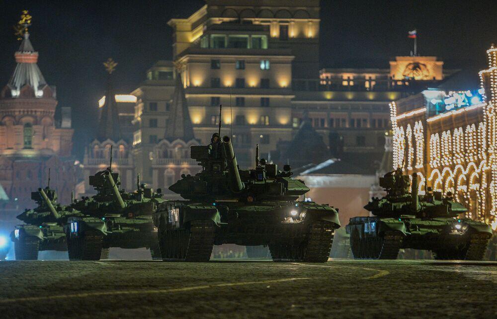 Czołg T-90A.