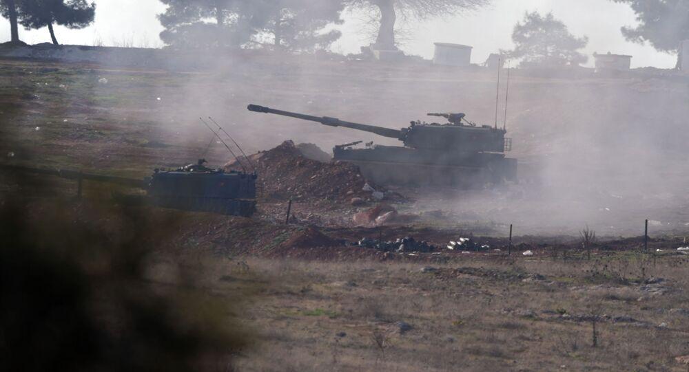 Artyleria tureckich sił zbrojnych na północy Syrii