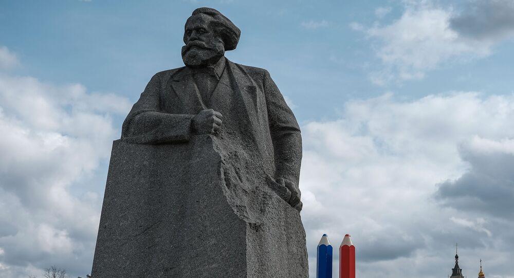 Pomnik Karola Marksa w Moskwie